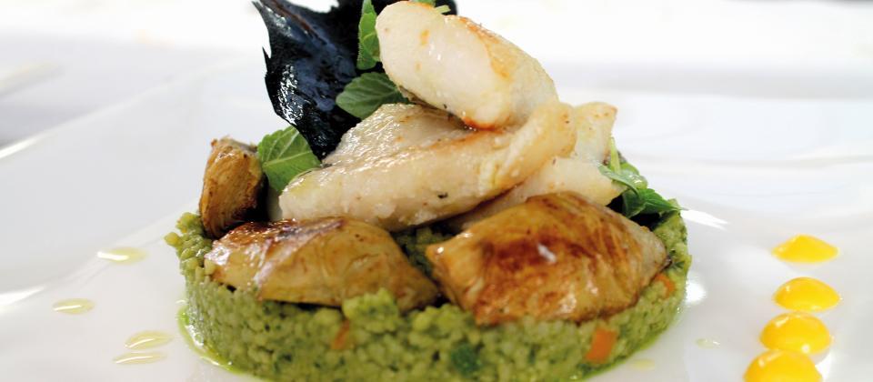filet vom st petersfisch aus sizilien mit basilikum couscous baby artischocken und oliven l. Black Bedroom Furniture Sets. Home Design Ideas