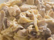 Bandnudeln mit Huhn, Pilzen und Marsala