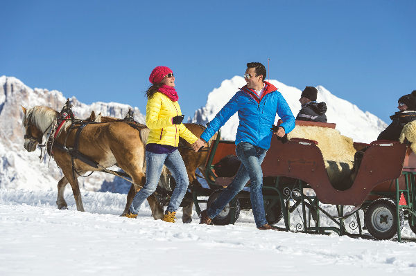 Winterwandern mit Kutschenfahrt_Seiser Alm Marketing_Helmuth Rier