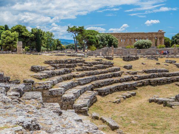 Kampanien / Cilento / Paestum Amphitheater