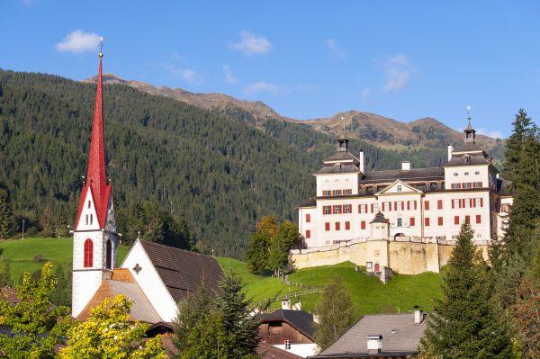 Wolfsthurn Schloss